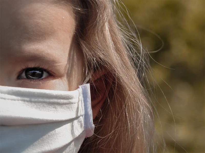 Egyre több családban elterjedt, hogy reggelente infravörös lázmérővel mérik a gyermekeket